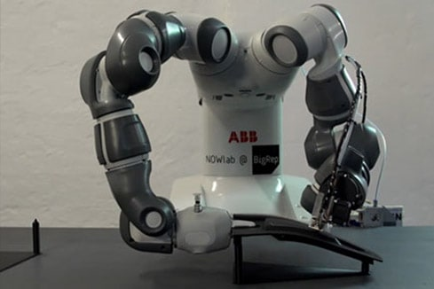 Robotic Additive Manufacturing