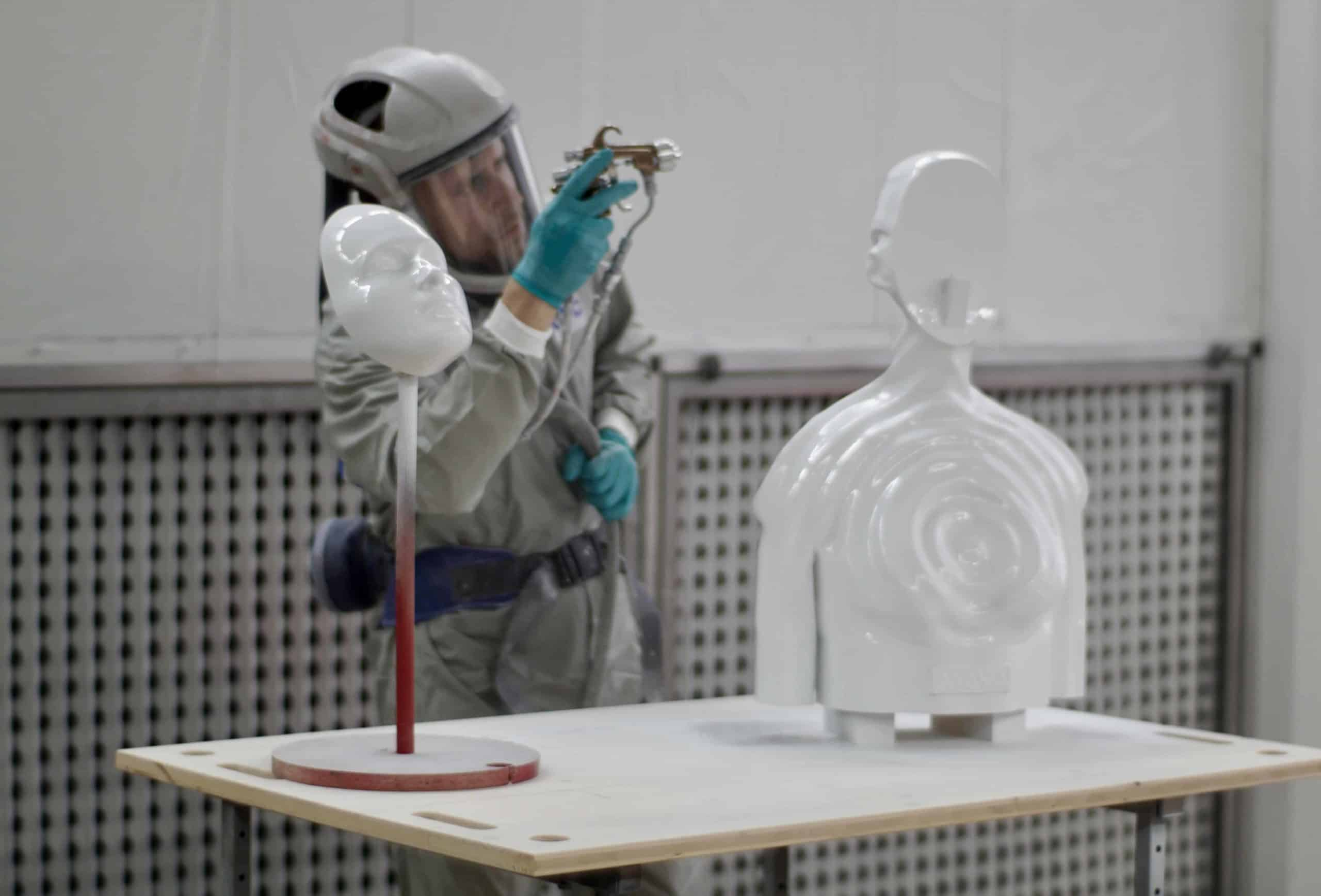 spray-coating-3d-printed-statue-post-processing2