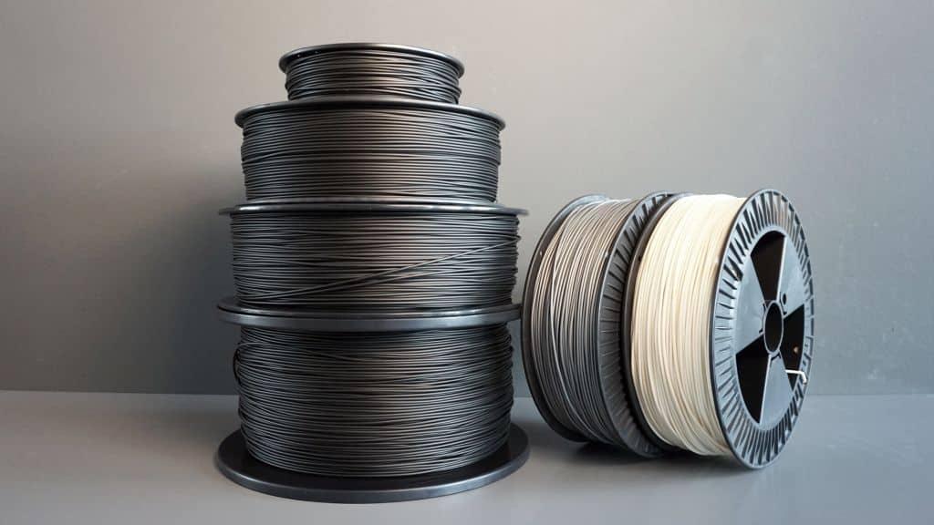 SLA vs FDM 3D Printer Materials