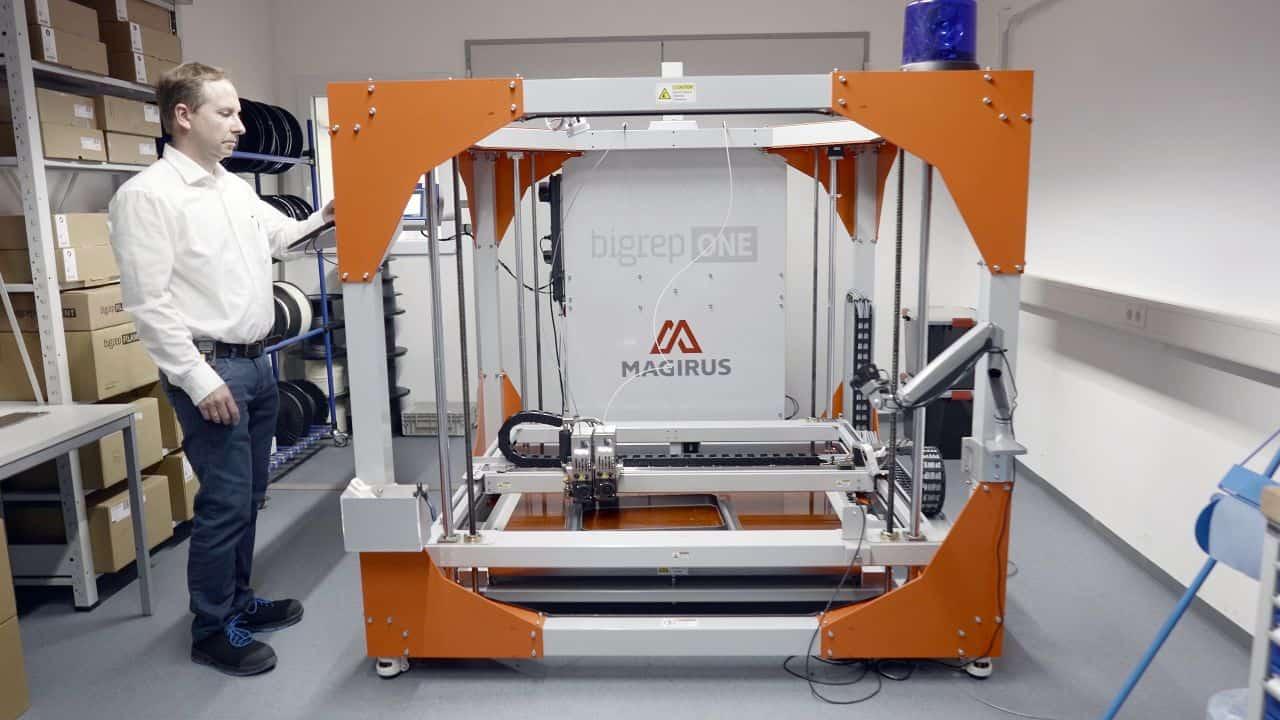 3d-printer-production-fire-truck